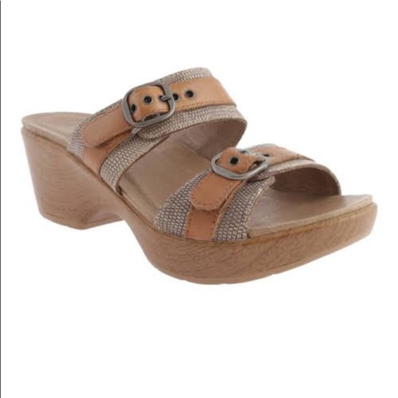 1ff55044802a Dansko Shoes - Dansko wedge clog sandals size 38
